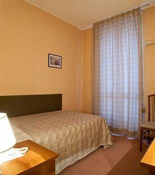 Hotel Des Artistes - фото 2