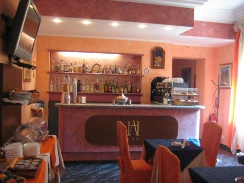 Hotel Adriano - фото 11
