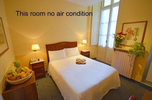 Hotel Roma e Rocca Cavour - фото 2