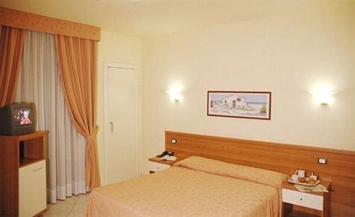 Hotel Lo Scudiero - фото 1