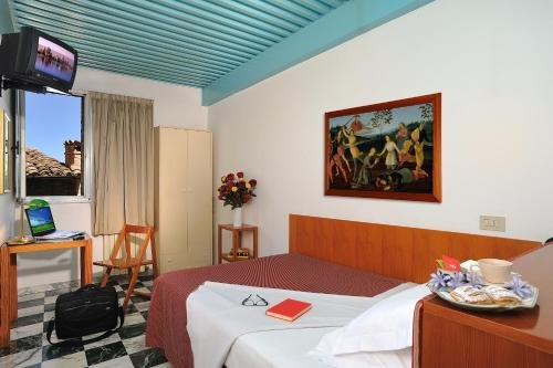 Hotel Raffaello - фото 2