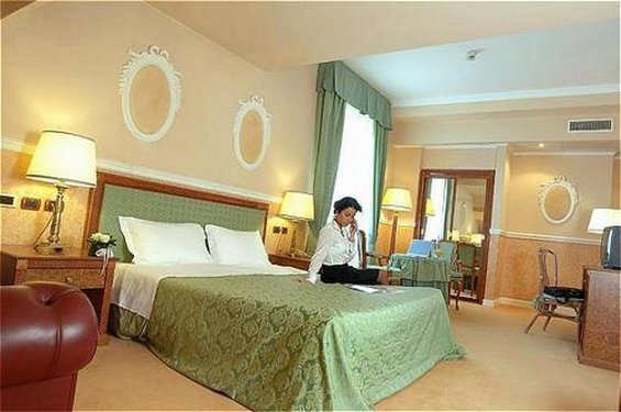 Palace Grand Hotel Varese - фото 1