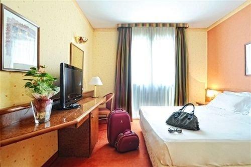 Meditur Hotel Pisa - фото 50