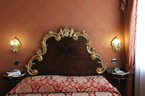Hotel Ateneo - фото 2