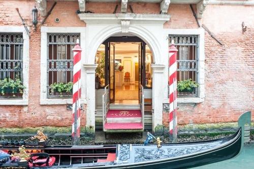 Hotel Ai Reali - Small Luxury Hotels of the World - фото 31