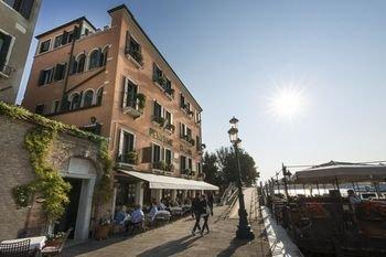 Hotel La Calcina - фото 20