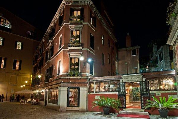 Hotel La Fenice et Des Artistes - фото 50