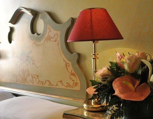 Hotel La Fenice et Des Artistes - фото 10