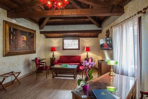 Hotel La Fenice et Des Artistes - фото 5