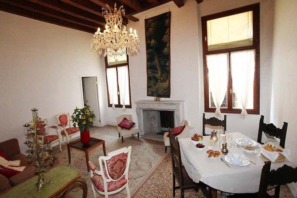 Palazzo Contarini Della Porta Di Ferro - фото 9