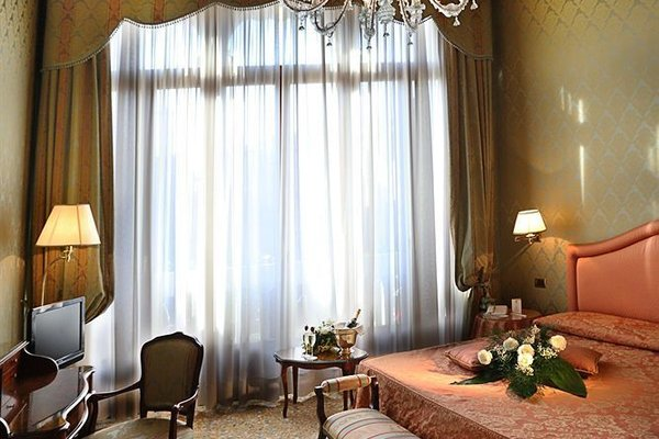 Hotel Colombina - фото 1