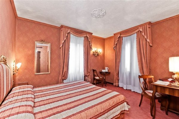 Hotel American-Dinesen - фото 2