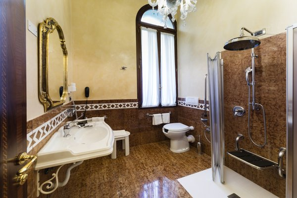 Hotel Al Ponte Dei Sospiri - фото 7