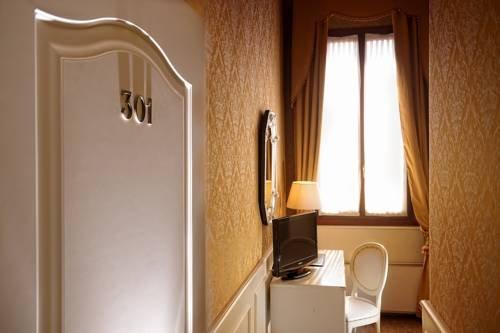Duodo Palace Hotel - фото 9