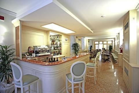 Hotel Bella Venezia - фото 8