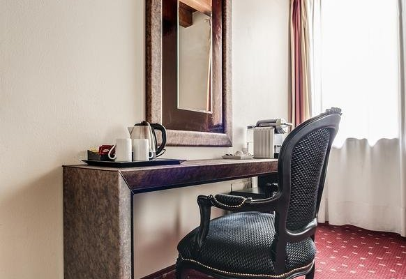 Diana's Rooms & Suites - фото 6