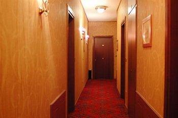 Verona House Aparthotel - фото 18