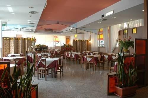 Hotel Monaco - фото 13
