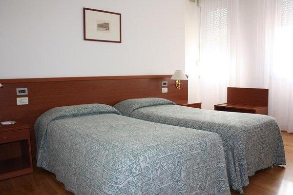 Hotel Monaco - фото 2