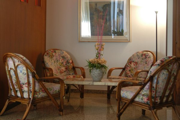 Hotel Monaco - фото 6