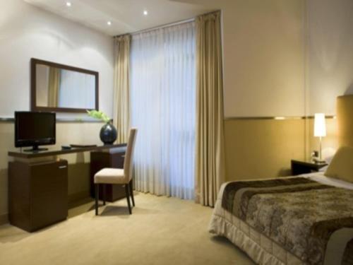 Mini Palace Hotel - фото 1