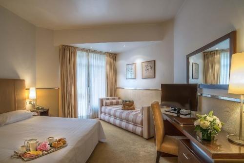 Mini Palace Hotel - фото 2