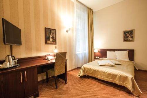 Отель Monika Centrum - фото 1
