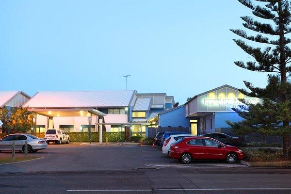 Manly Marina Cove Motel - фото 23