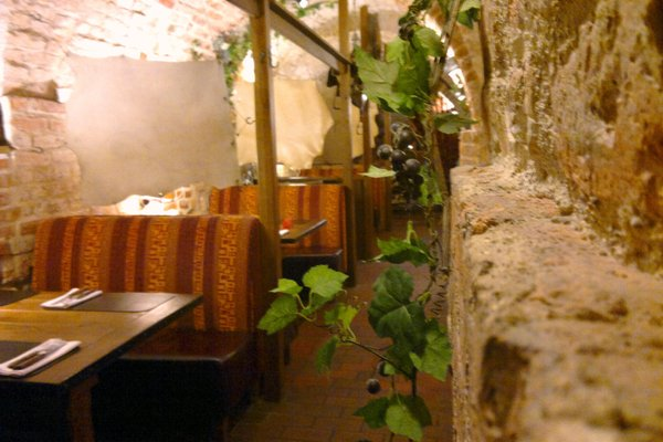 Atrium Hotel - фото 12