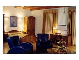 Atrium Hotel - фото 5