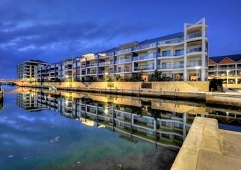WATERS EDGE at MANDURAH   BY THE SEA - фото 20