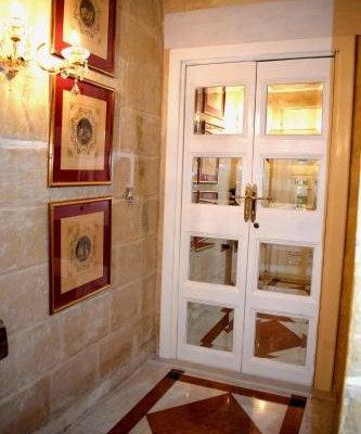 Palazzo Valletta Suites - фото 18