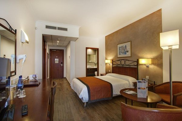Golden Tulip Vivaldi Hotel - фото 1
