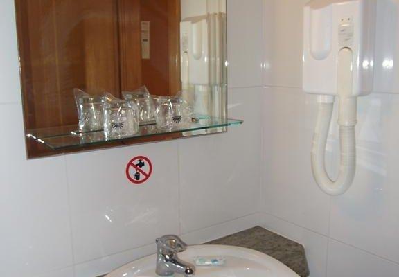 Alexandra Hotel - фото 10