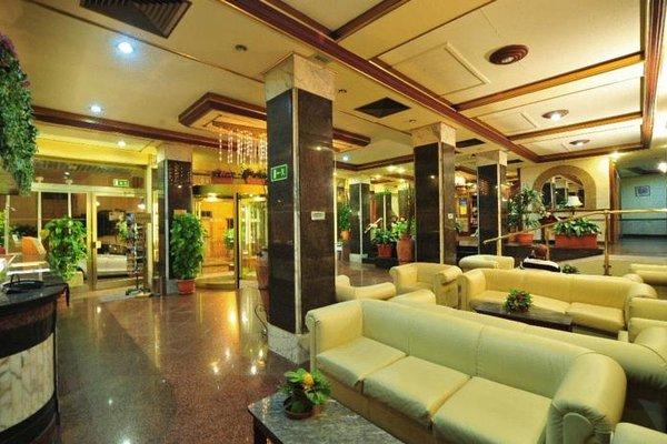 Alexandra Hotel - фото 7