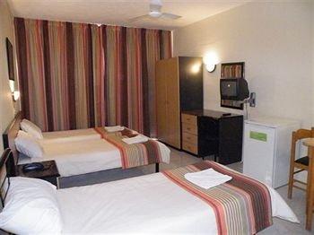 Dean Hamlet Hotel - фото 2