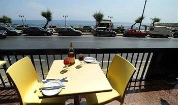 Sliema Chalet Hotel - фото 11