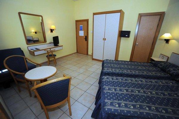 Sliema Chalet Hotel - фото 2