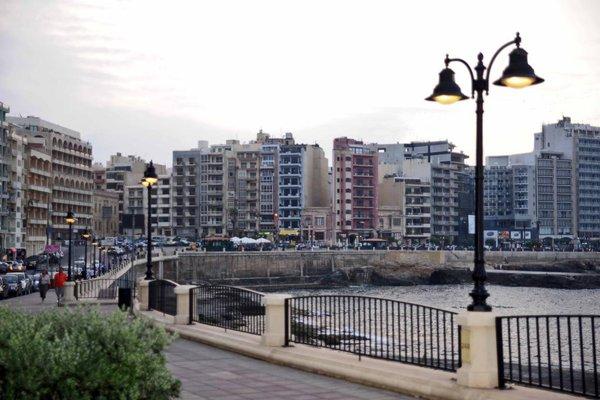 Sliema Chalet Hotel - фото 23