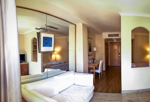 Maritim Antonine Hotel & Spa - фото 50