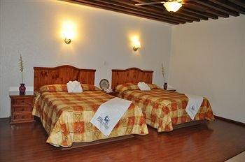 Hotel Puebla Plaza - фото 1
