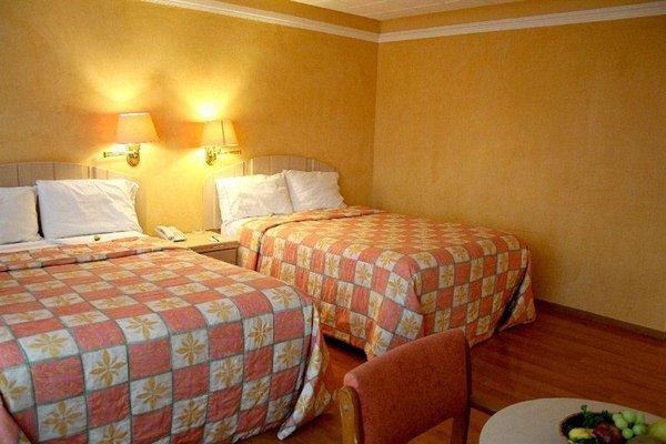 Hotel Condado Plaza - фото 1