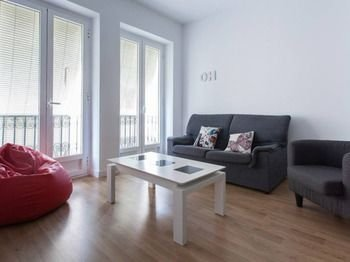 Apartamentos Kasa25 Centro Argensola - фото 3