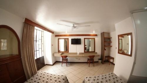 Hotel del Paseo - фото 15