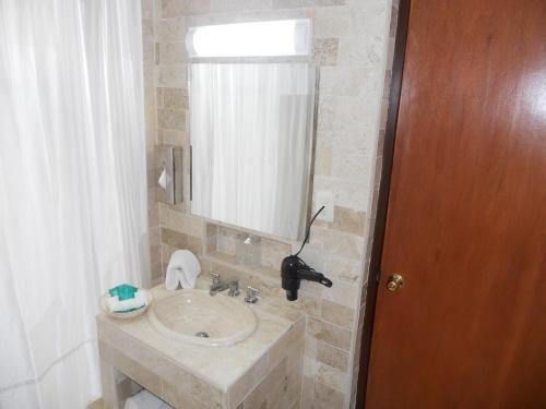 Hotel Royalty Puebla - фото 7