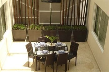 Suites Aristoteles 140 by Residence L´ Heritage - фото 13