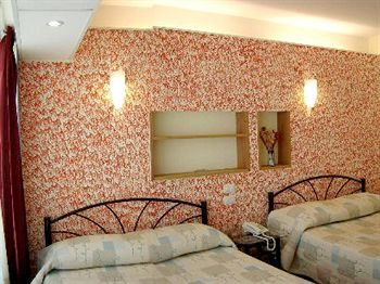 Apartamentos Hotel Avilla - фото 1