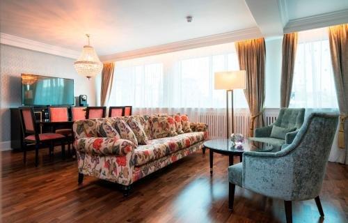 Hotel Bristol - фото 4