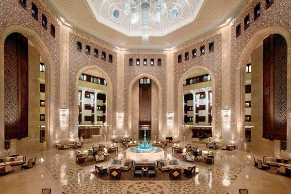 Al Bustan Palace, A Ritz-Carlton Hotel - фото 14