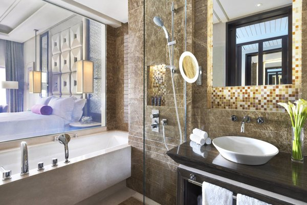 Al Bustan Palace, A Ritz-Carlton Hotel - фото 5
